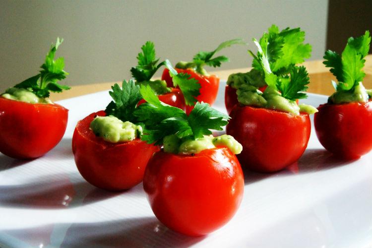 Guacamole Tomatoes