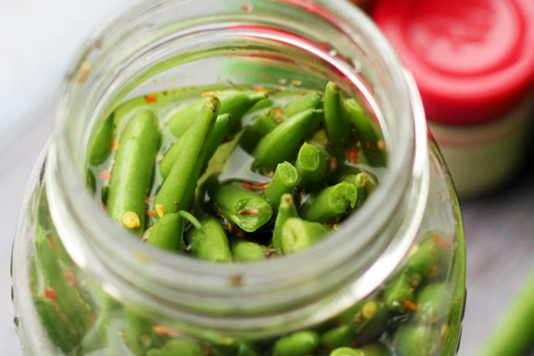 Spicy Dill String Beans